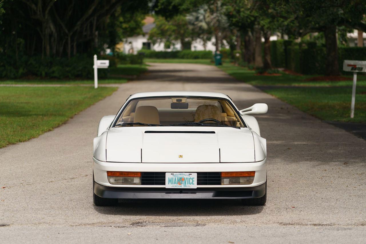 Köp den vita Testarossan från Miami Vice