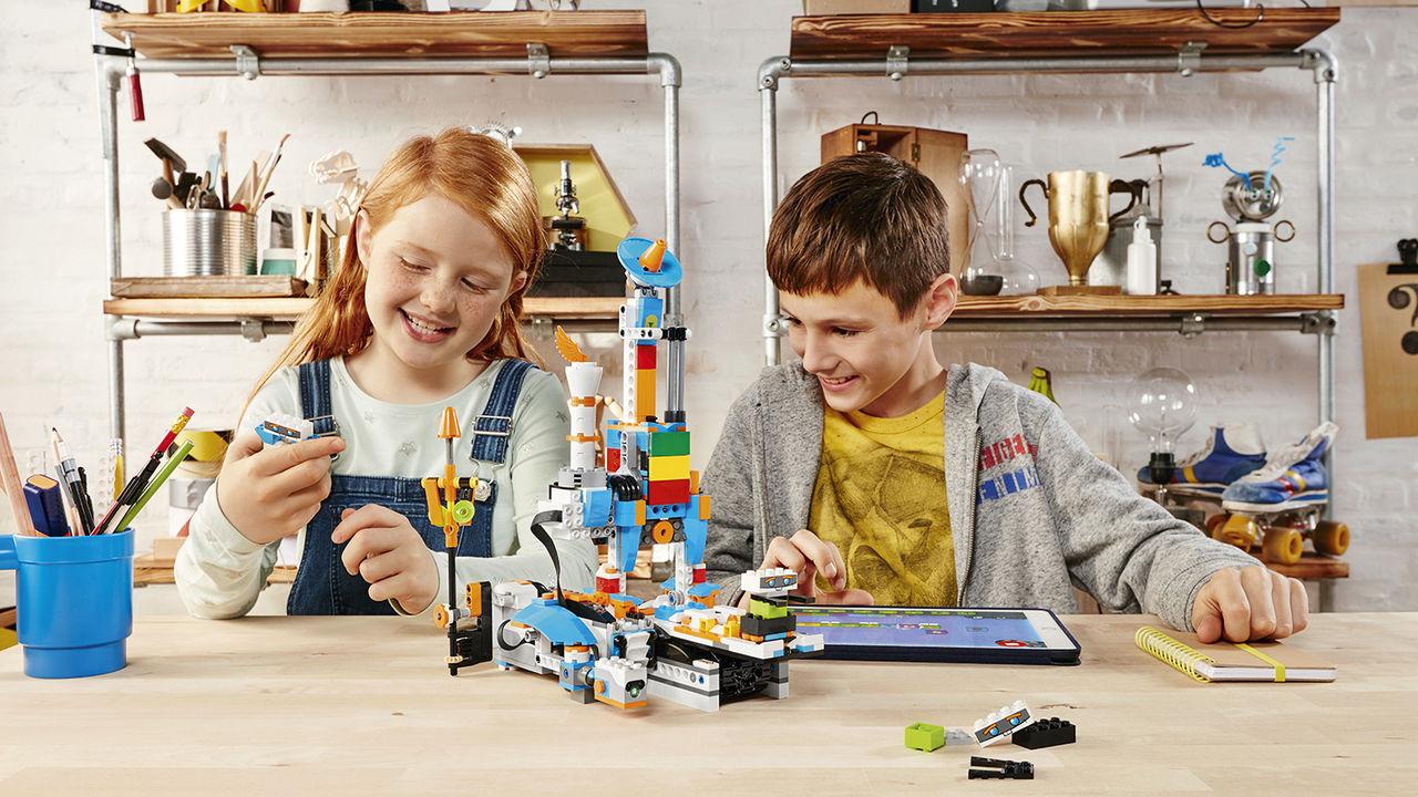 Bygg enkla robotar med LEGO Boost