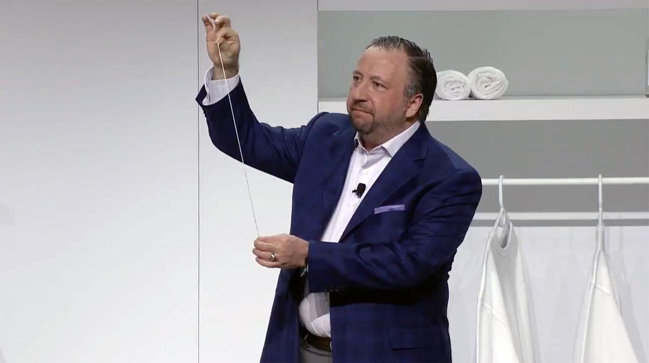 Det bästa från Samsung på CES i år var en tunn sladd
