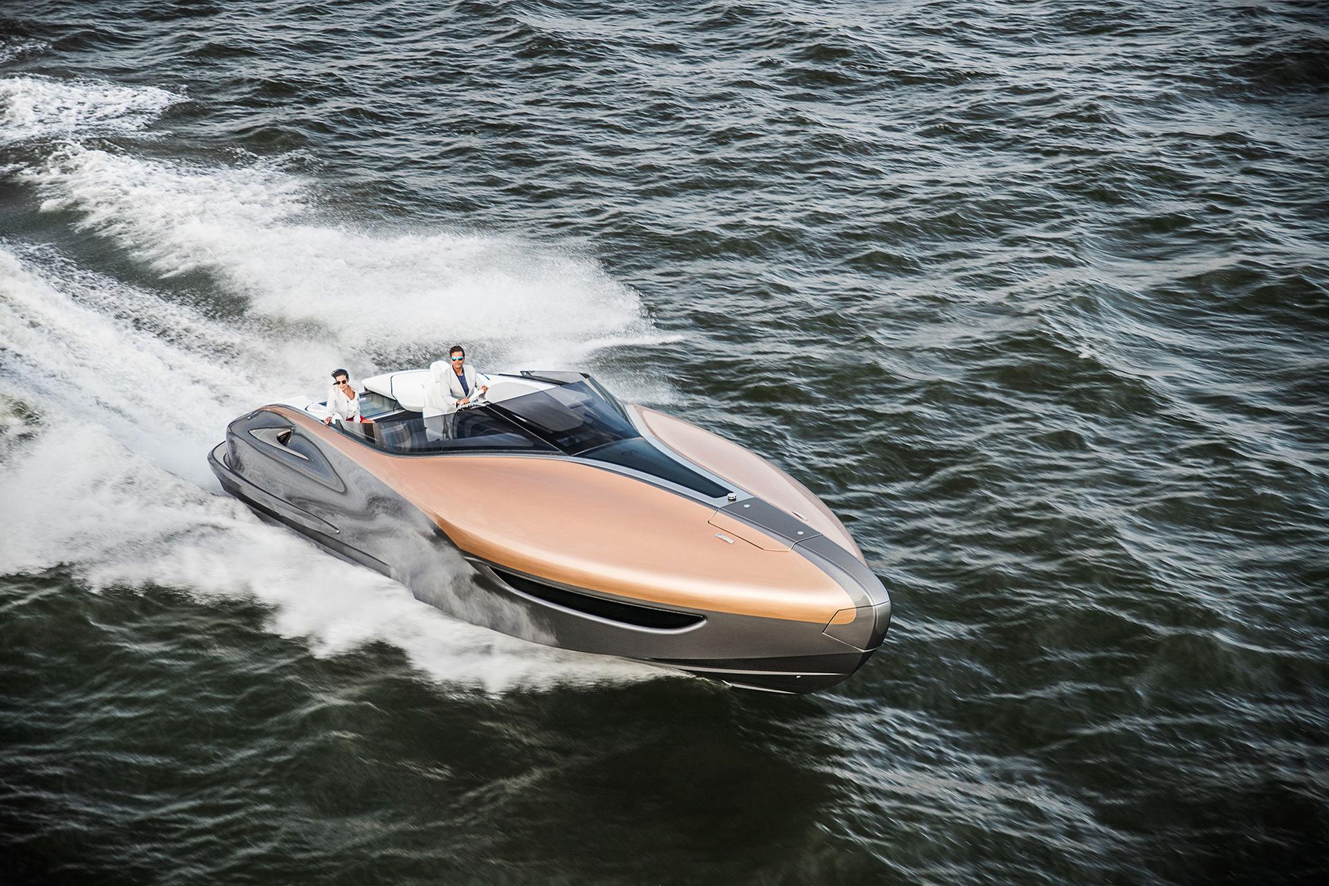 Lexus visar båtkoncept