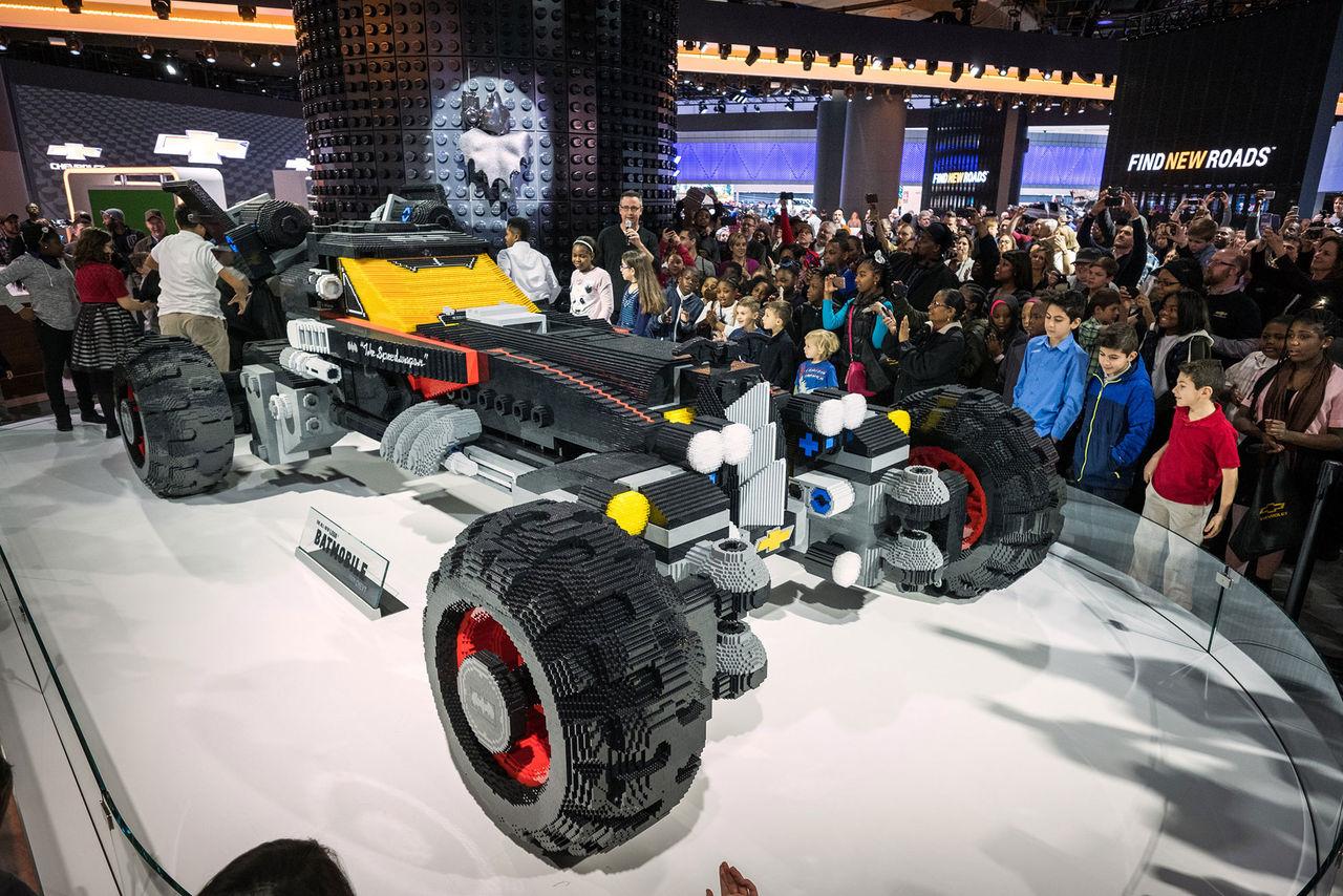 Chevrolet bygger Batmobile av Lego