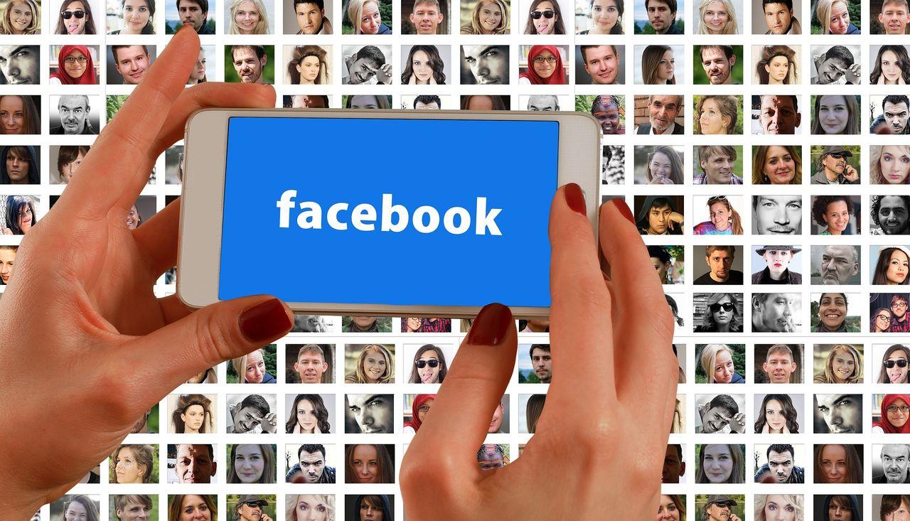 Sverige begär flest användaruppgifter från Facebook