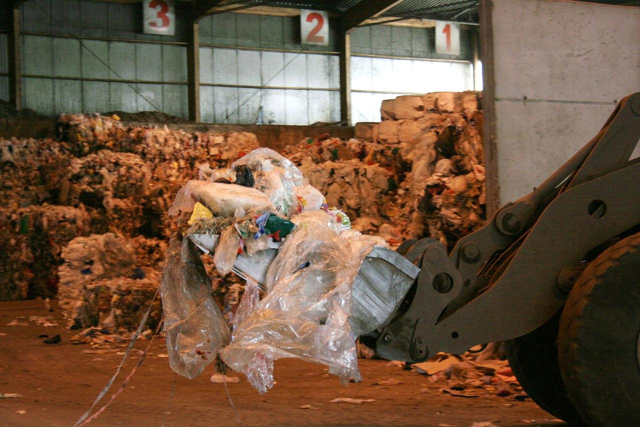 Återvinningsföretag misstänks för fusk
