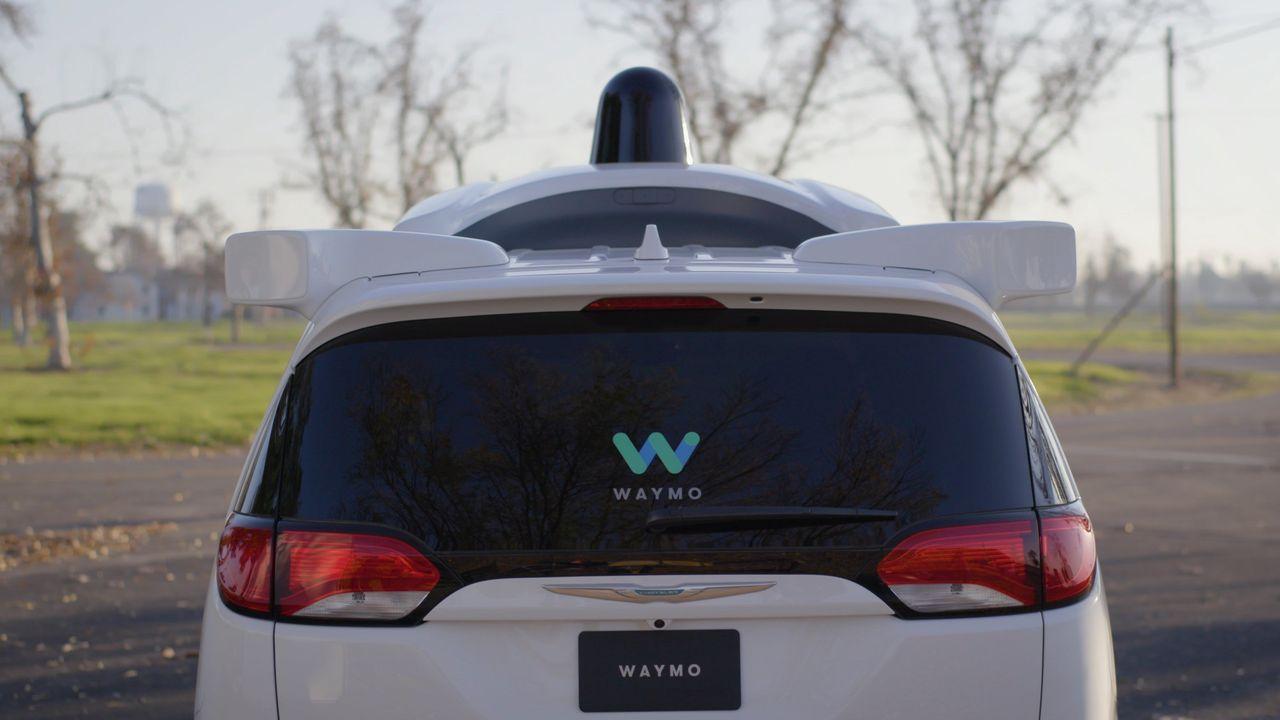 Waymo stämmer Uber