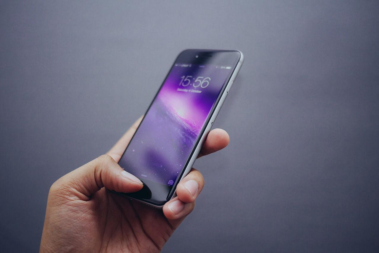 Företag säger sig kunna låsa upp iPhones
