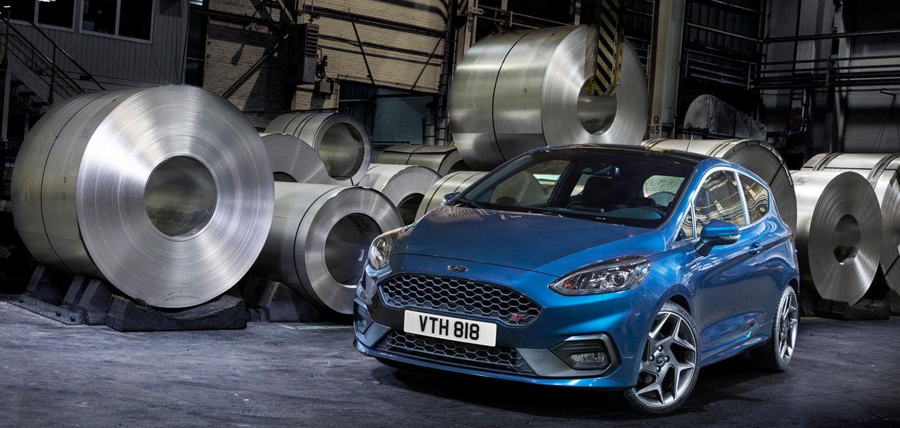 Ford rullar ut nya Fiesta ST