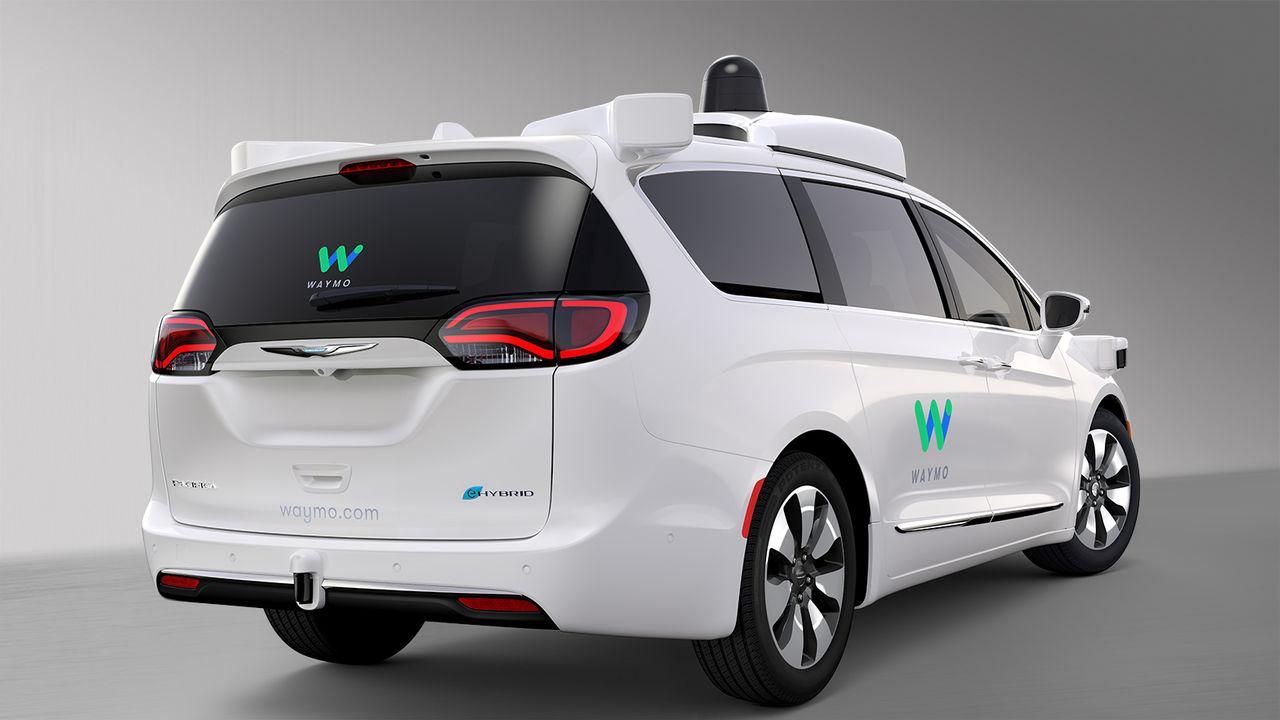 Waymo vill att Uber slutar köra sin självkörande bilar