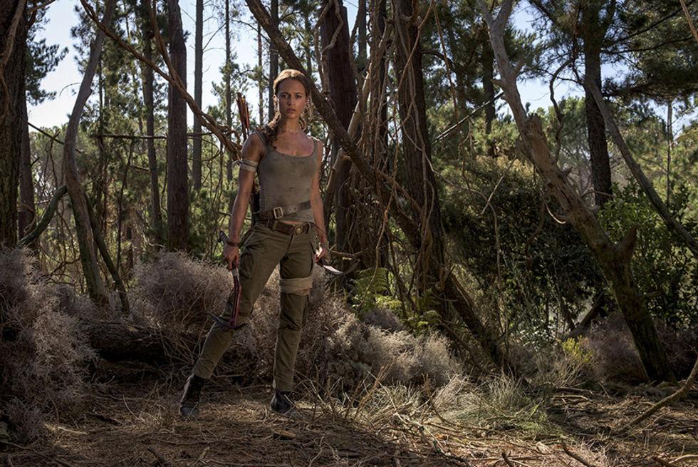 Bilder på Alicia Vikander som Lara Croft