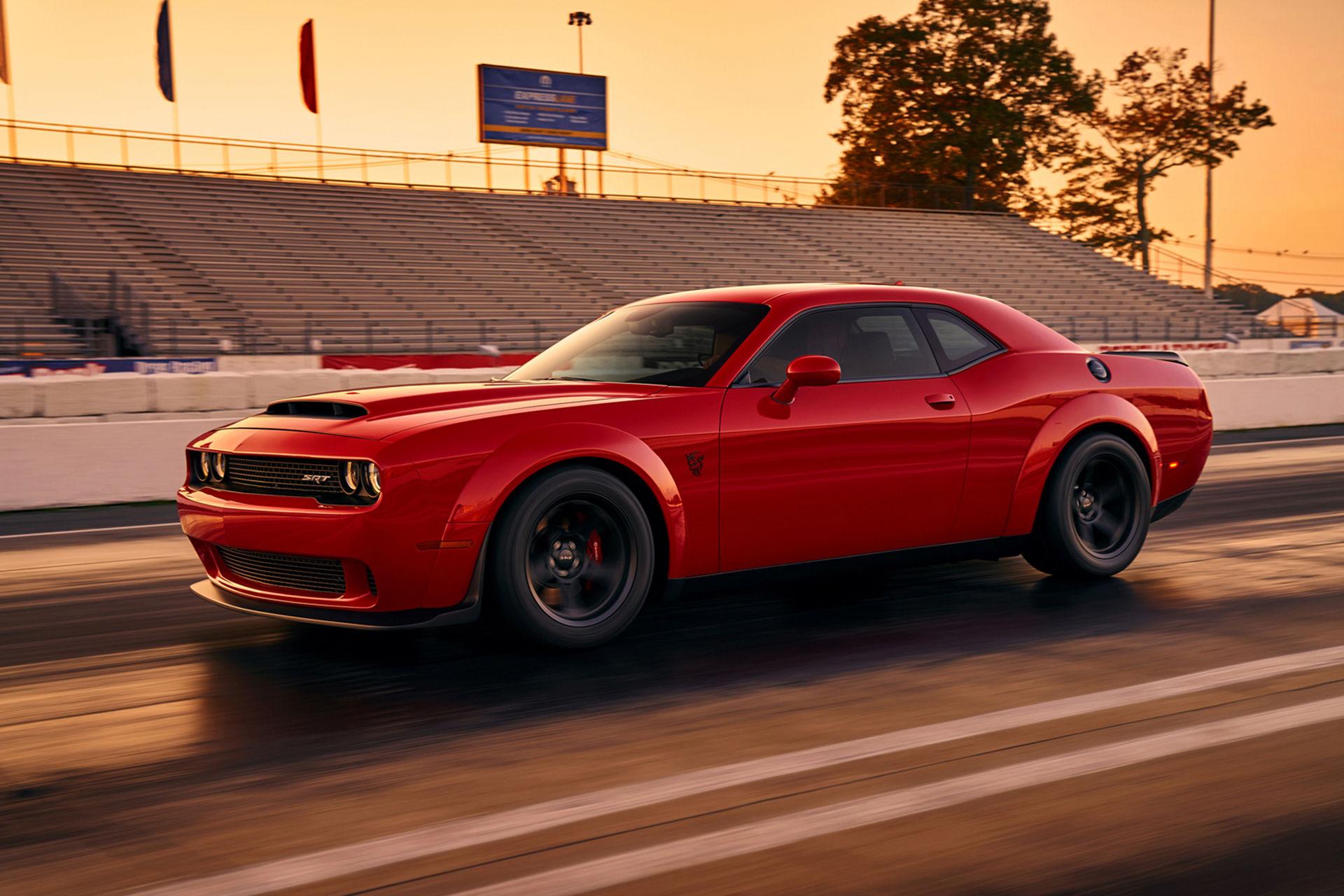 Första officiella bilden på Dodge Challenger SRT Demon