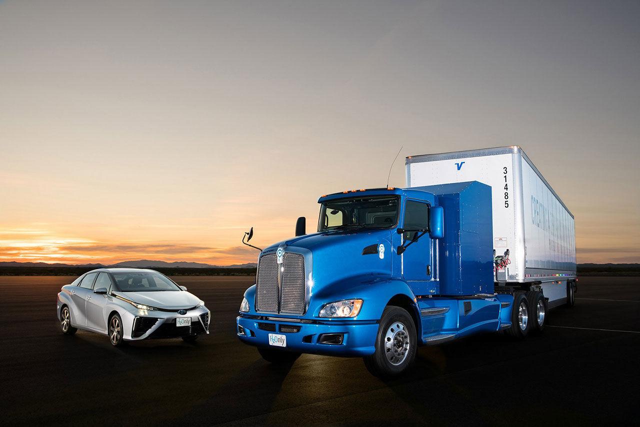 Toyota visar vätgasdriven lastbil