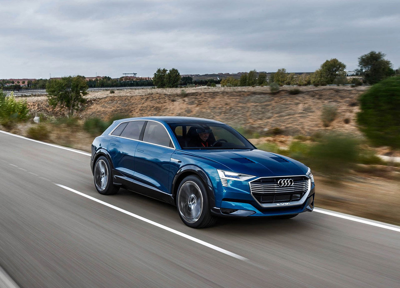 Nu kan du boka eldrivna Audi e-tron quattro