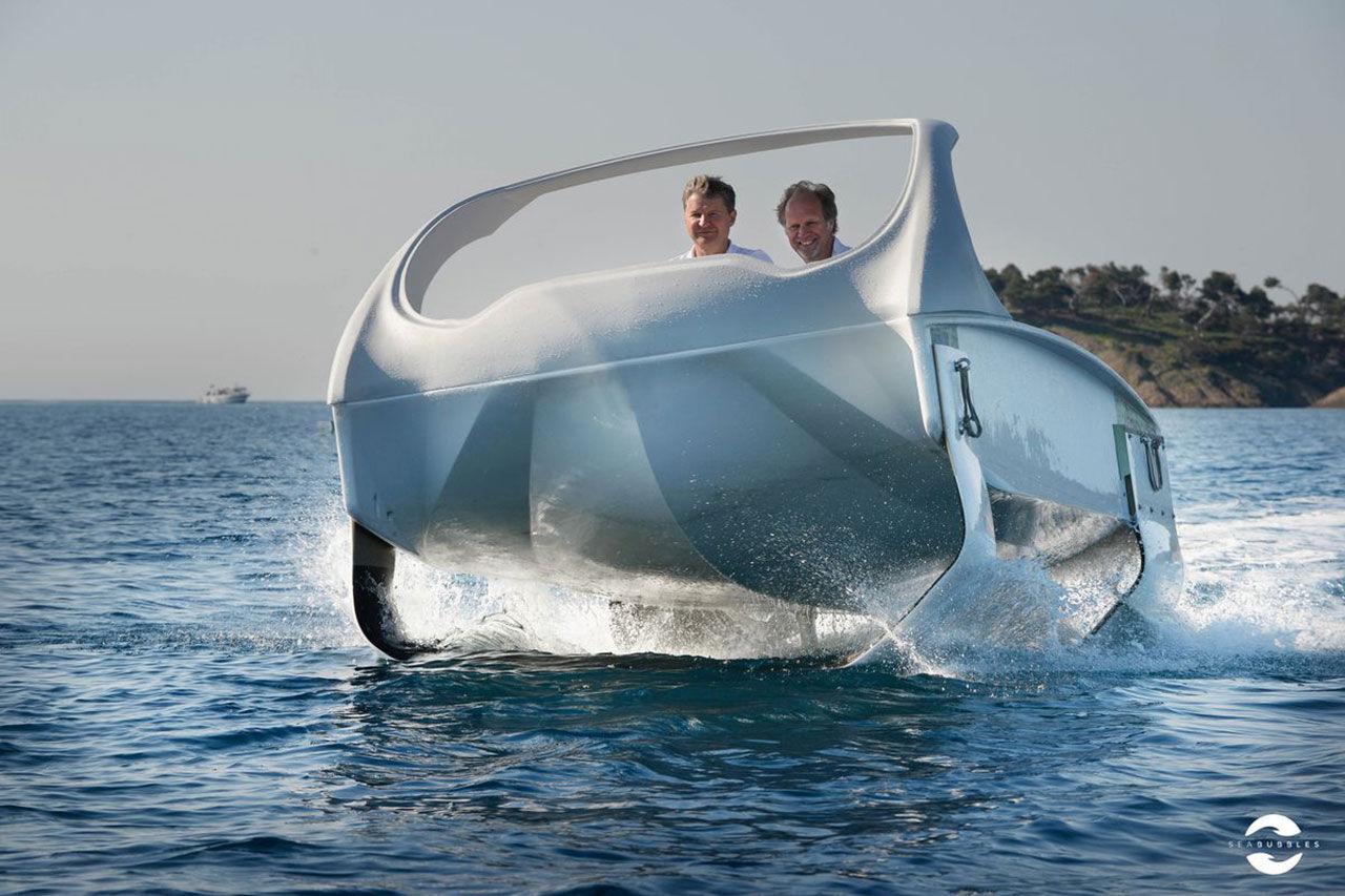 SeaBubbles visar ny prototyp av vattentaxi