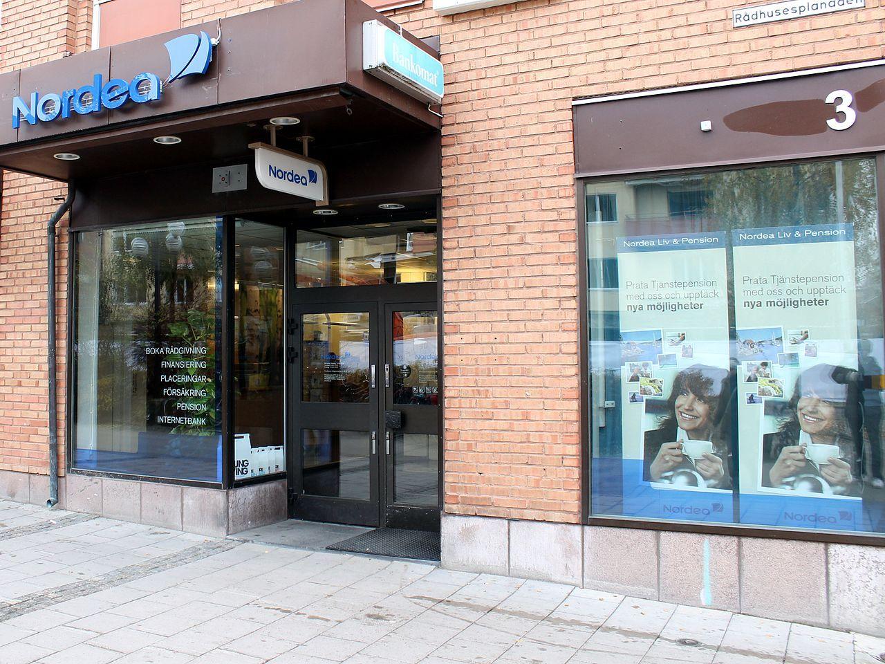 Allt färre bankkontor i Sverige