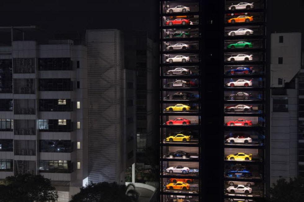 I Singapore kan man köpa bilar från en automat