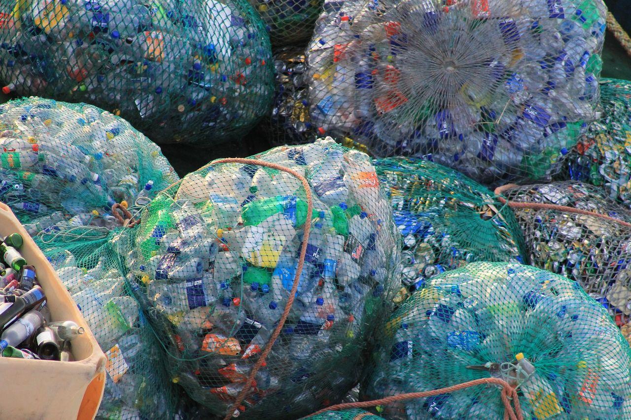 Regeringen utreder plastens miljöpåverkan