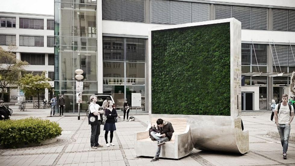 CityTree är en vägg av mossa som rensar luften