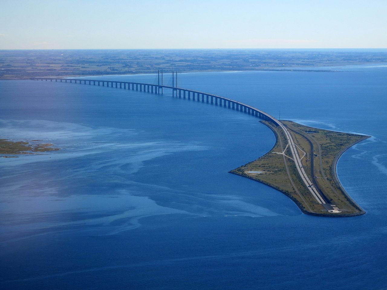 Dansk minister vill bygga ytterligare en bro till Sverige