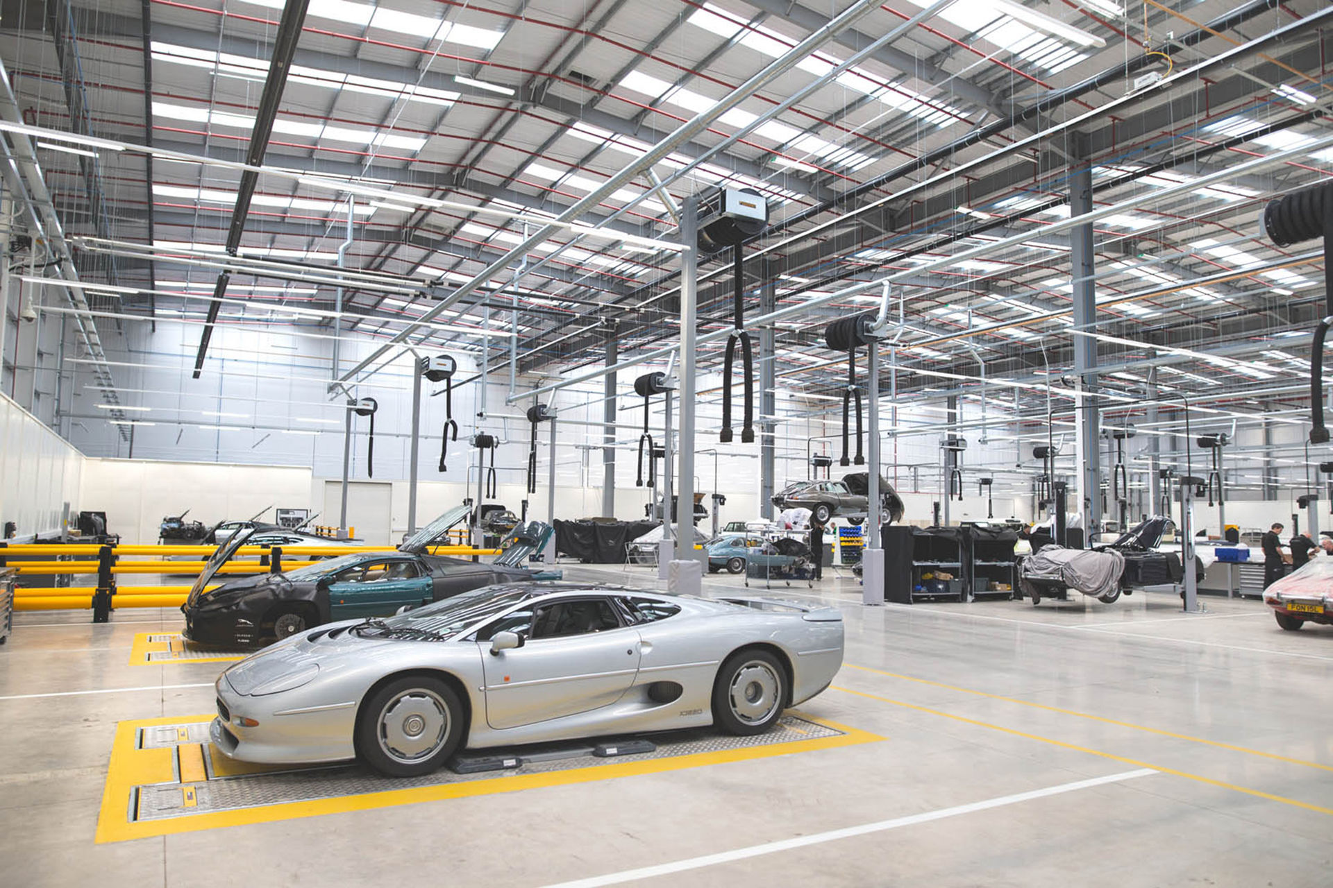 Världens största center för klassiska bilar