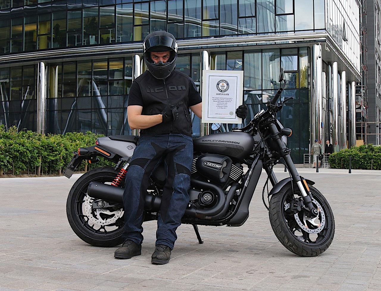 Världens längsta burnout med motorcykel