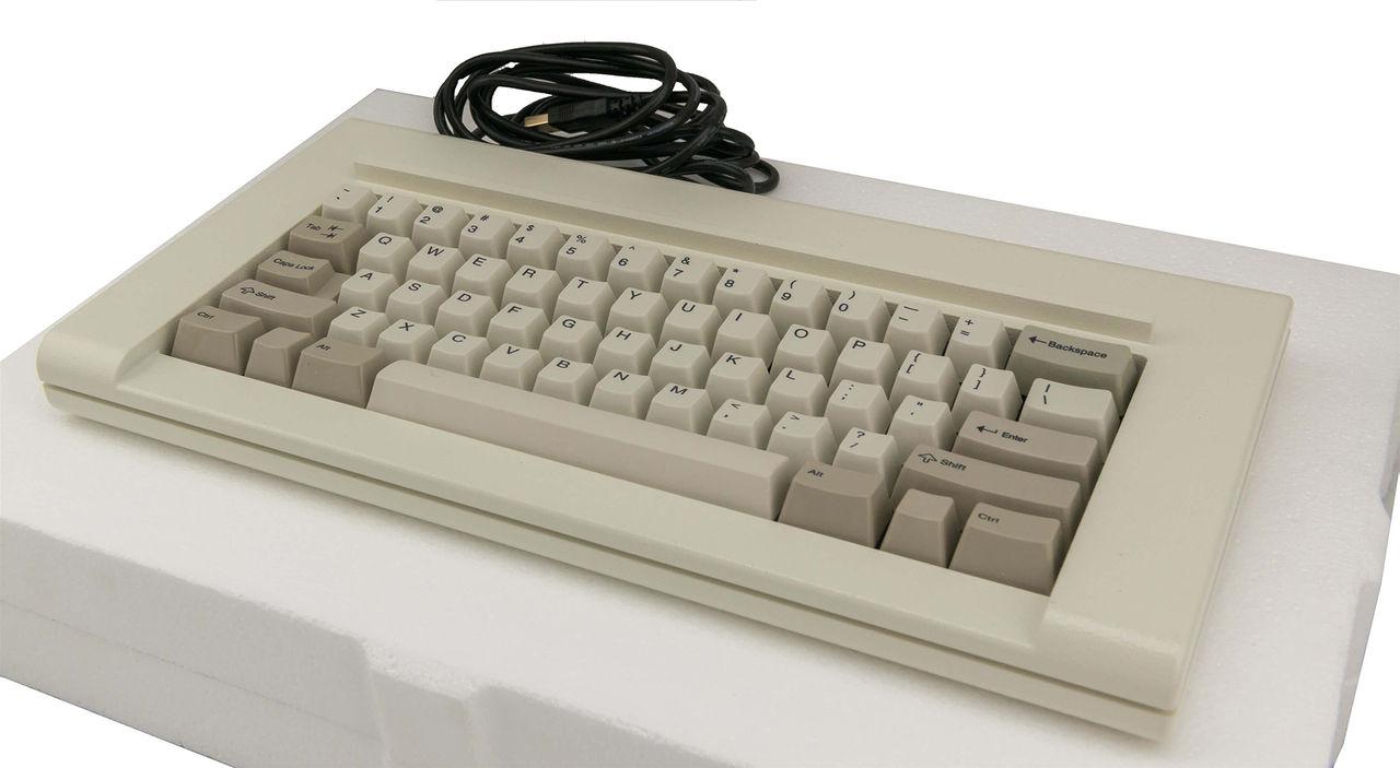 Klassiska tangentbordet Model F i nyproduktion