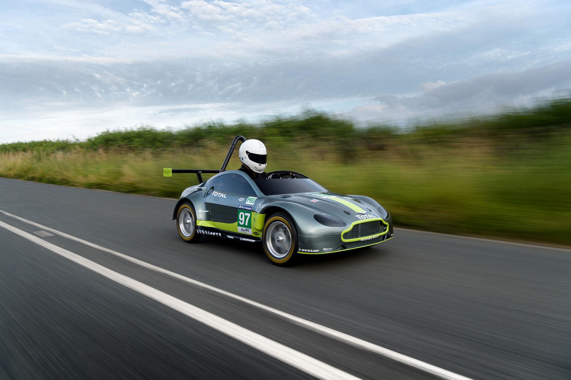 Aston Martin Vantage i miniatyr