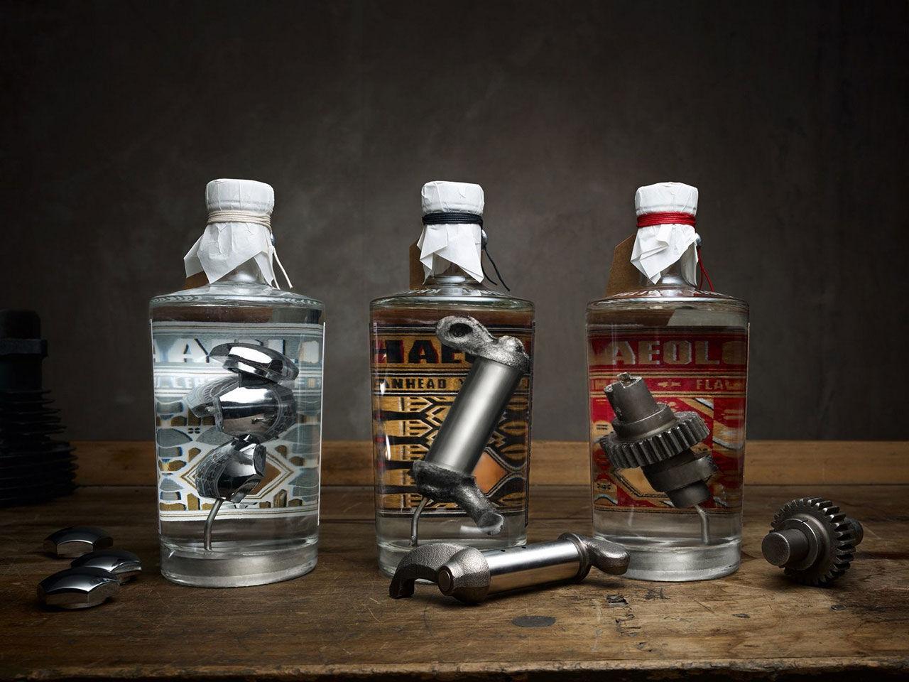 Gin med Harley-Davidson-delar i