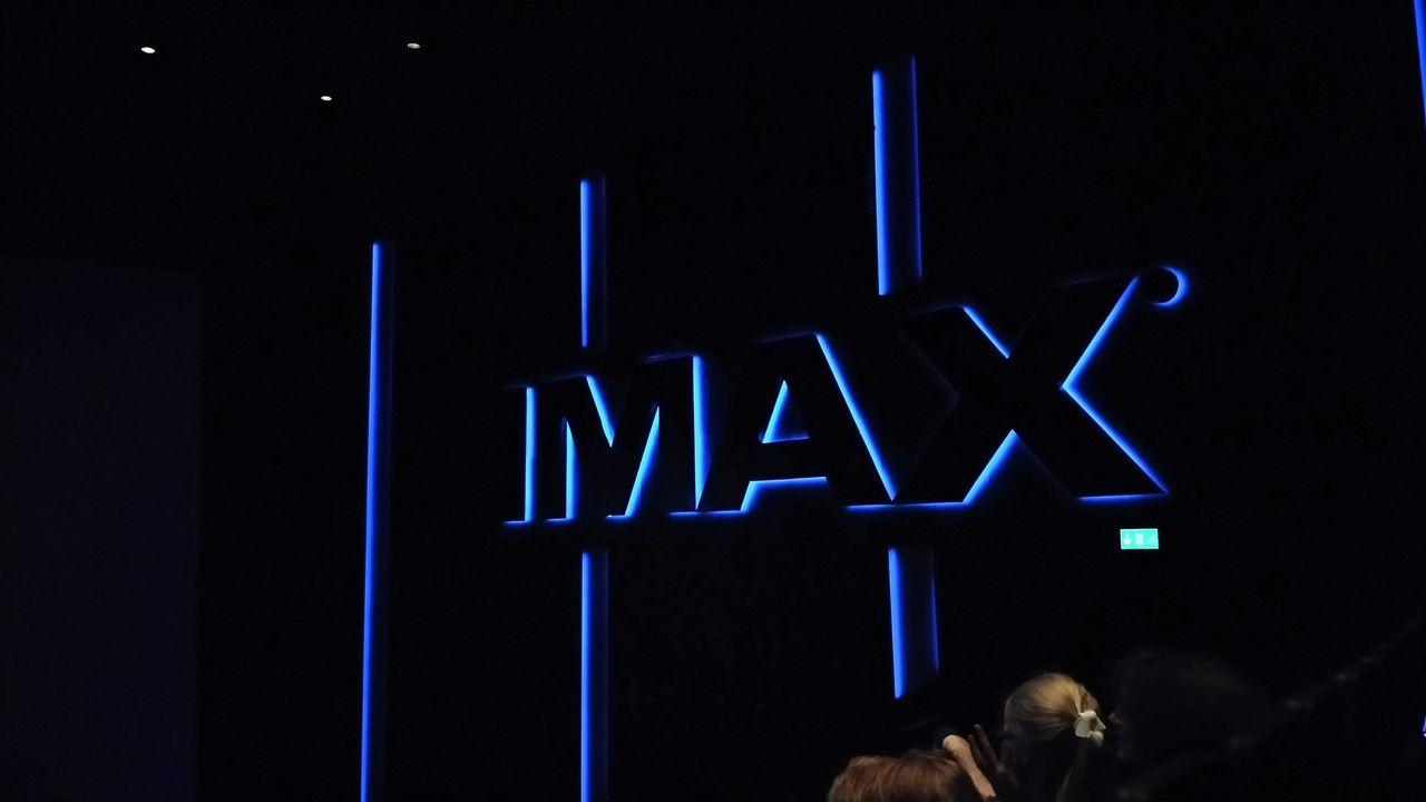 IMAX lobbar för färre 3D-filmer