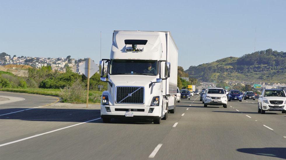 Fackföreningar vill förbjuda självkörande lastbilar
