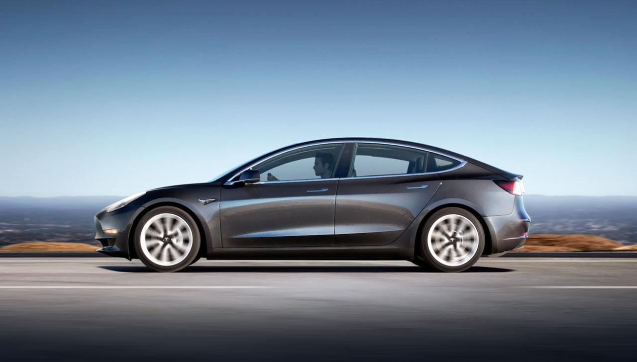 63 000 personer har avbokat sin Tesla Model 3