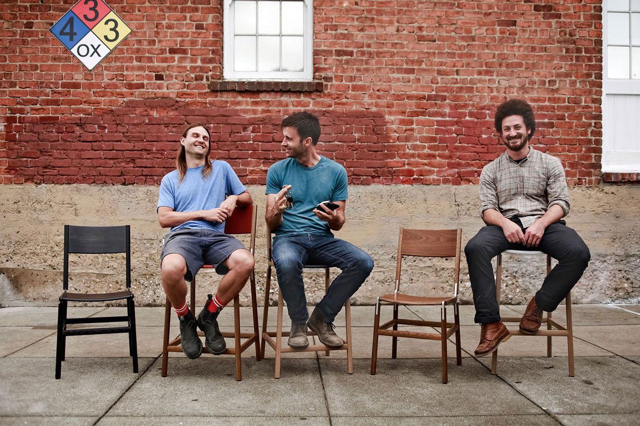 Fyrn gör möbler du får sätta ihop själv
