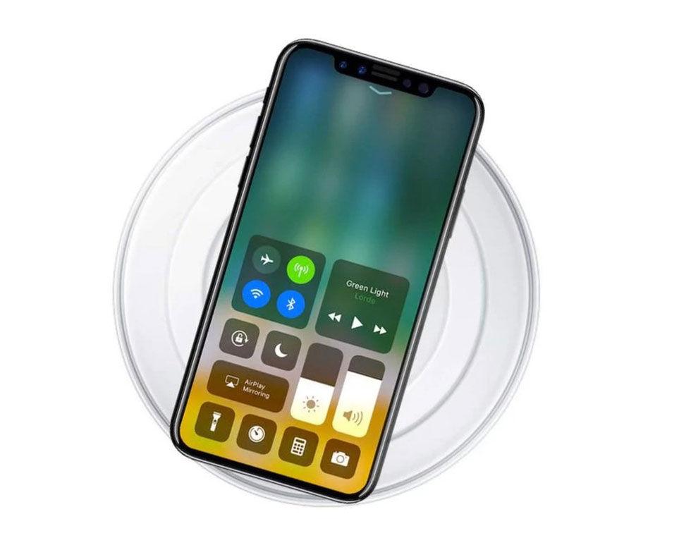 Trådlösa laddaren till iPhone 8 ryktas bli försenad. Kommer
