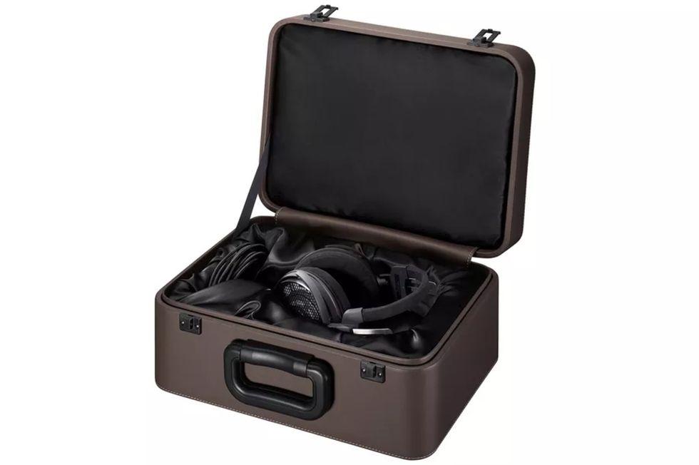 Audio-Technica visar upp ATH-ADX5000