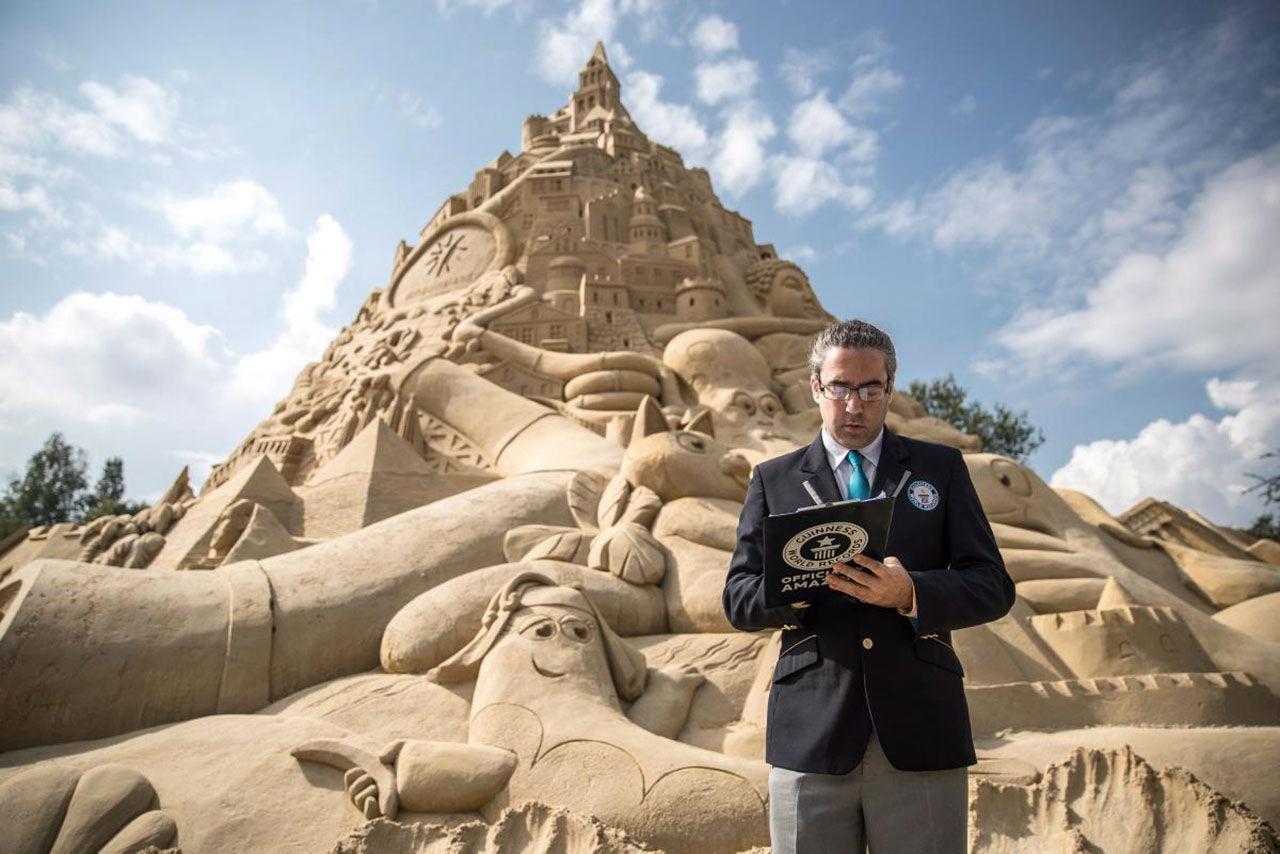 Det här är världens högsta sandslott