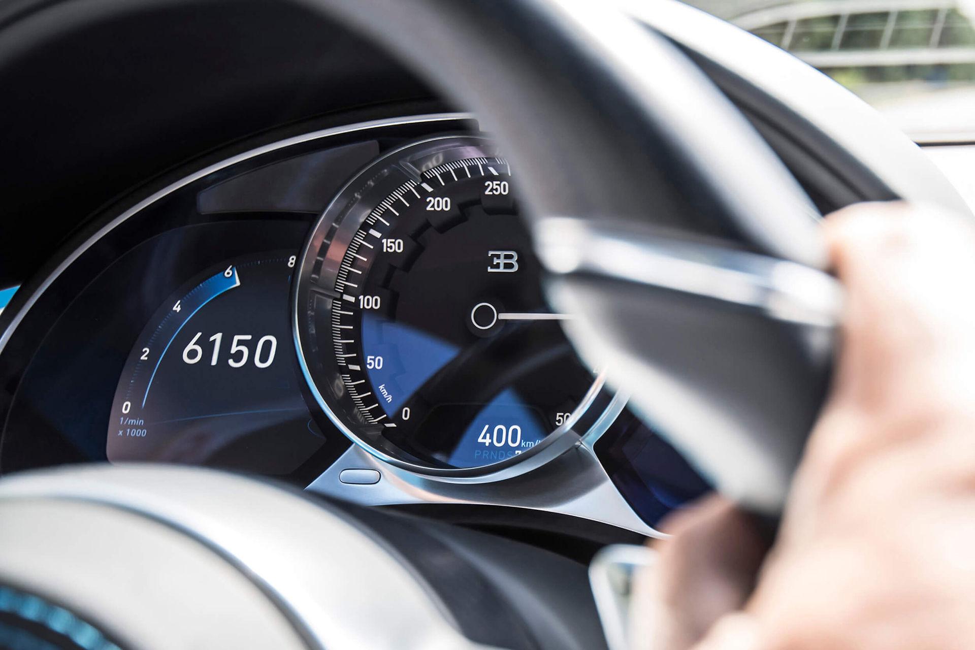 0-400-0 km/h på 42 sekunder - Bugatti sätter världsrekord