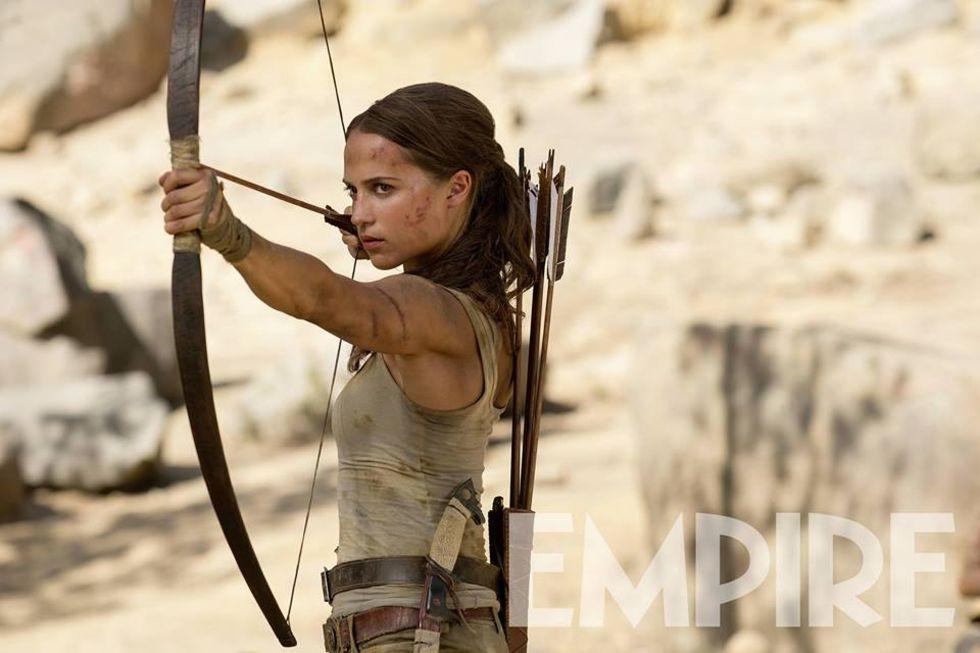 Nya bilder på Alicia Vikander som Lara Croft