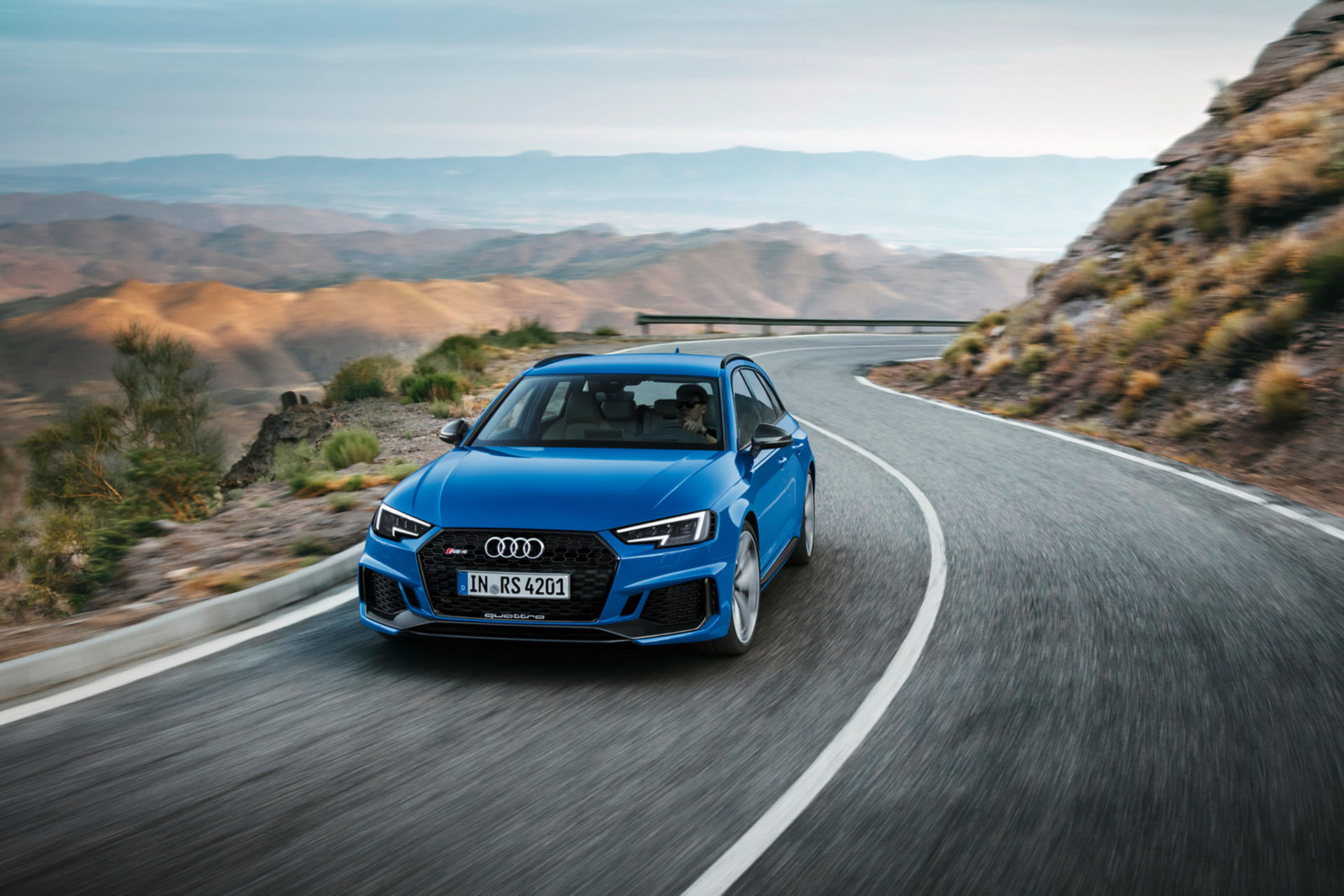 Nu är nya Audi RS 4 Avant här