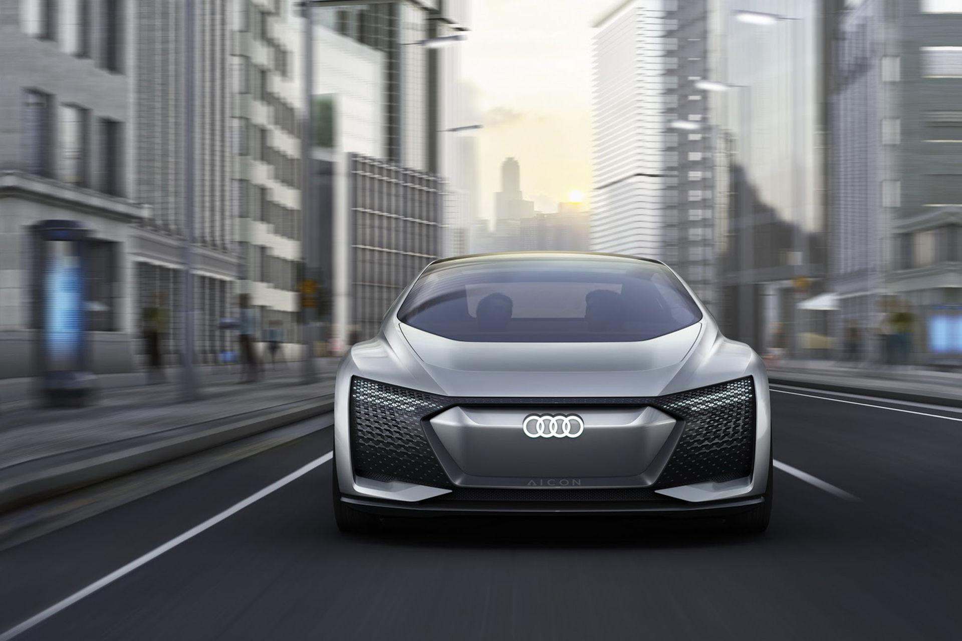 Audis Aicon kör själv och upp till 80 mil på en laddning