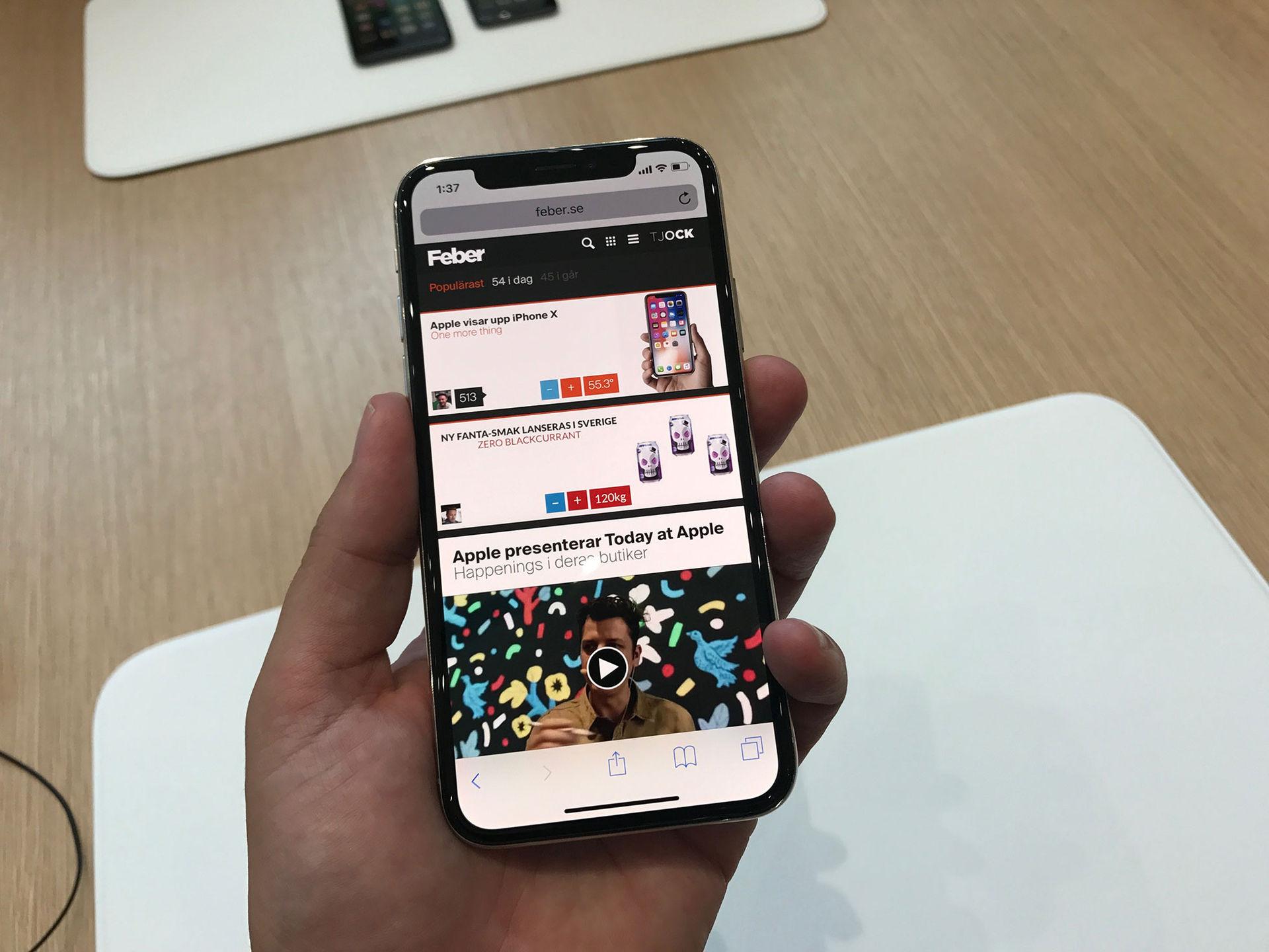 Vi har känt på nya iPhone X!