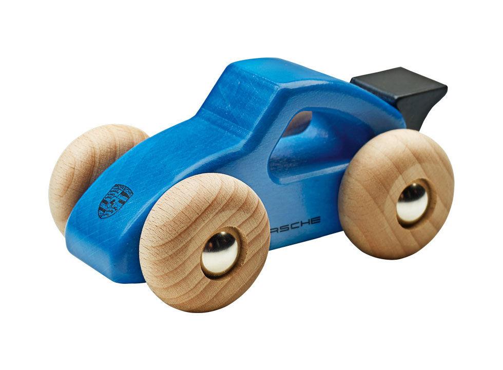 Klart spädbarnet ska ha en egen Porsche