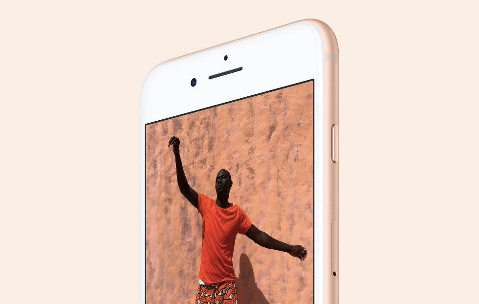 Sprakande ljud i en del iPhone 8