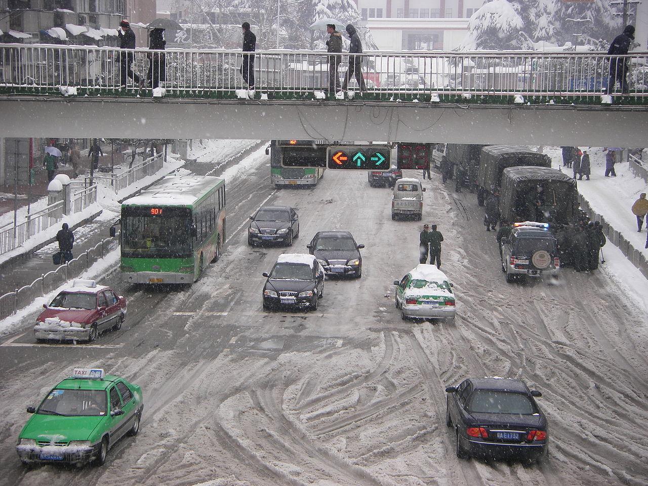Nya regler för bilföretag i Kina