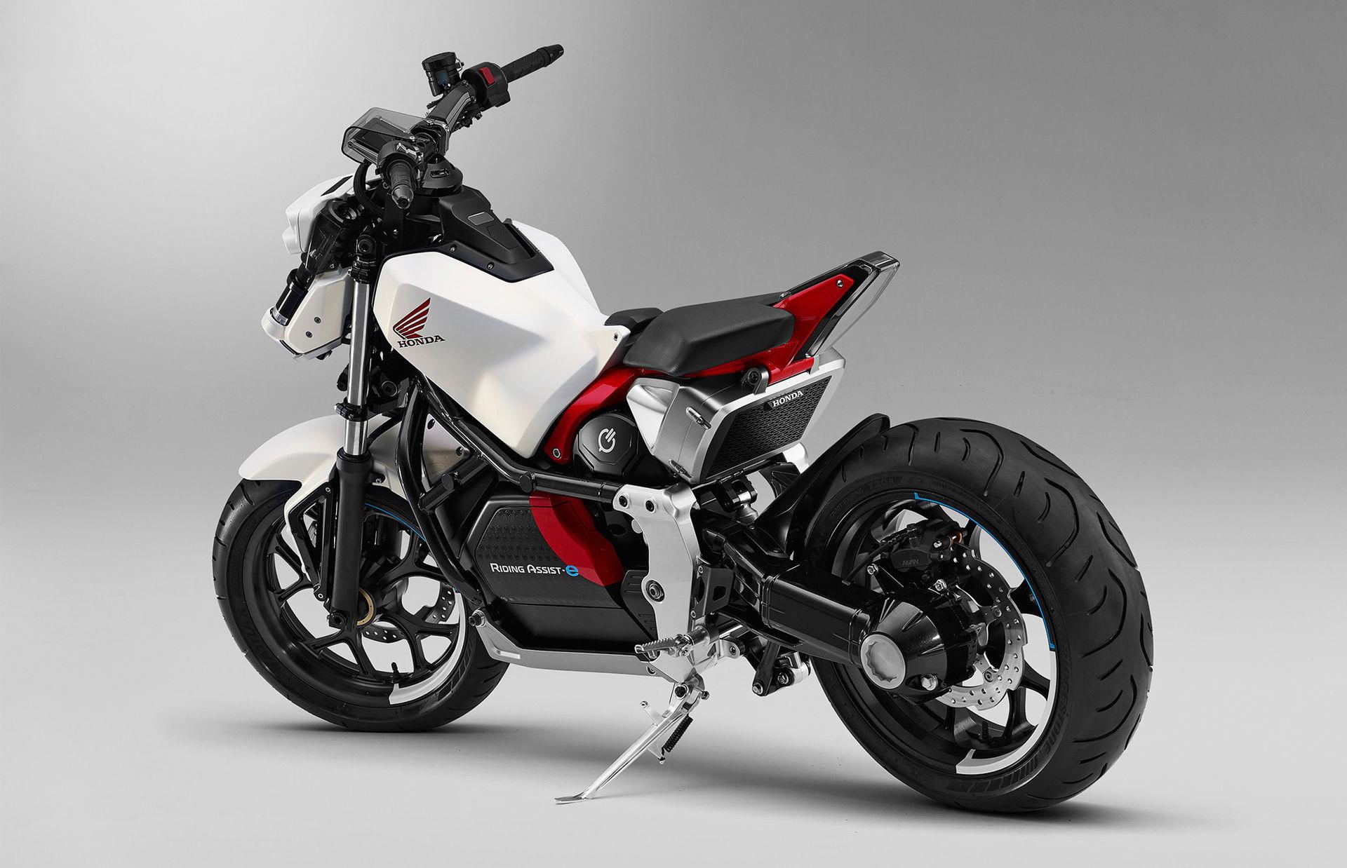Honda visar ny version av Riding Assist