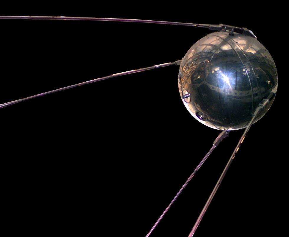 Tut i luren - idag är det 60 år sedan Sputnik 1 åkte till rymden