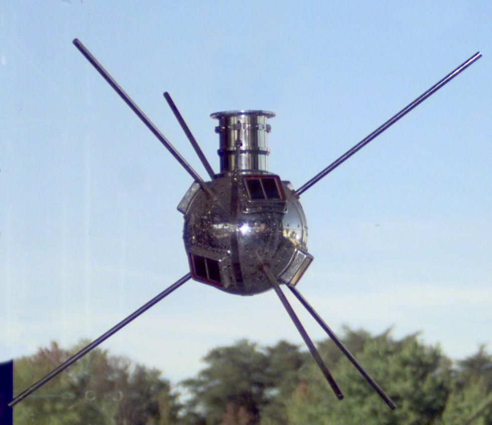 Världens första forsknings-satellit fortfarande i omloppsbana runt jorden