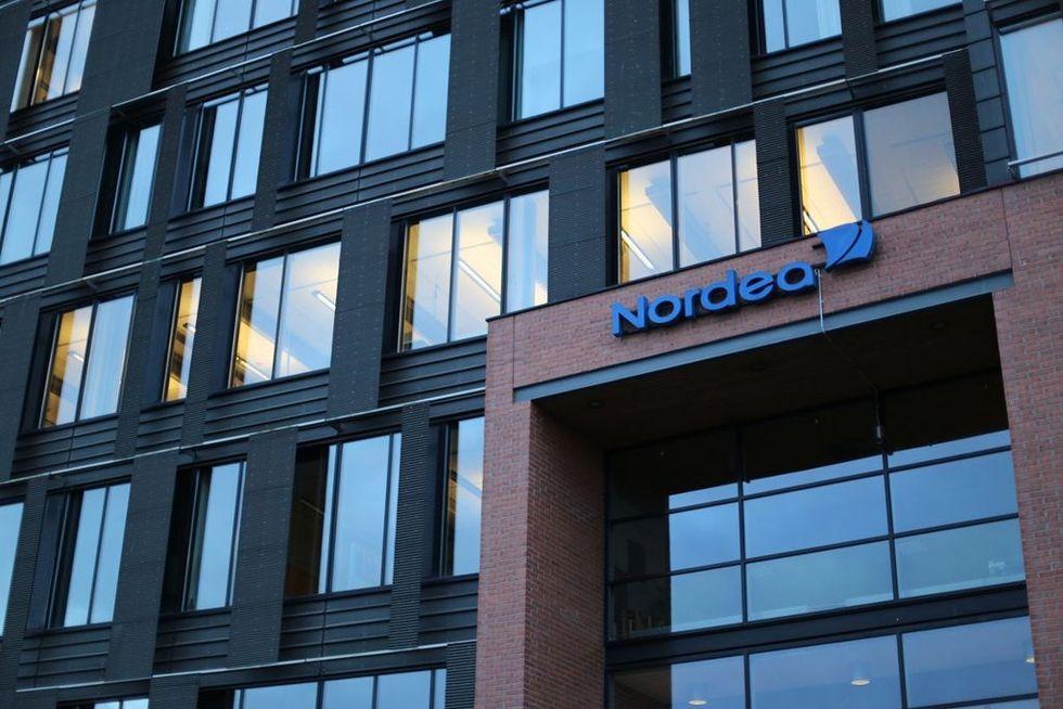 18-åring åtalas för överbelastningsattack mot banker