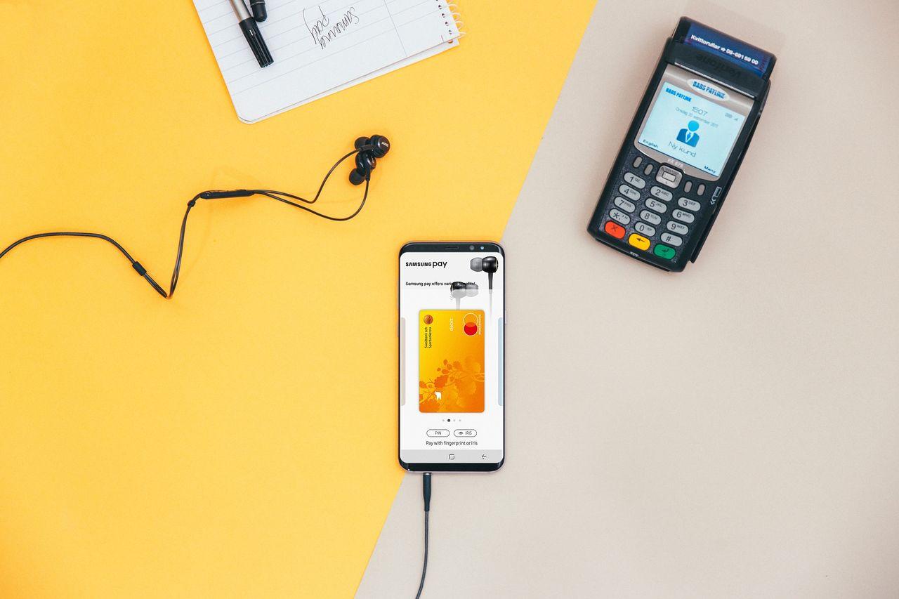 Swedbank får stöd för Samsung Pay