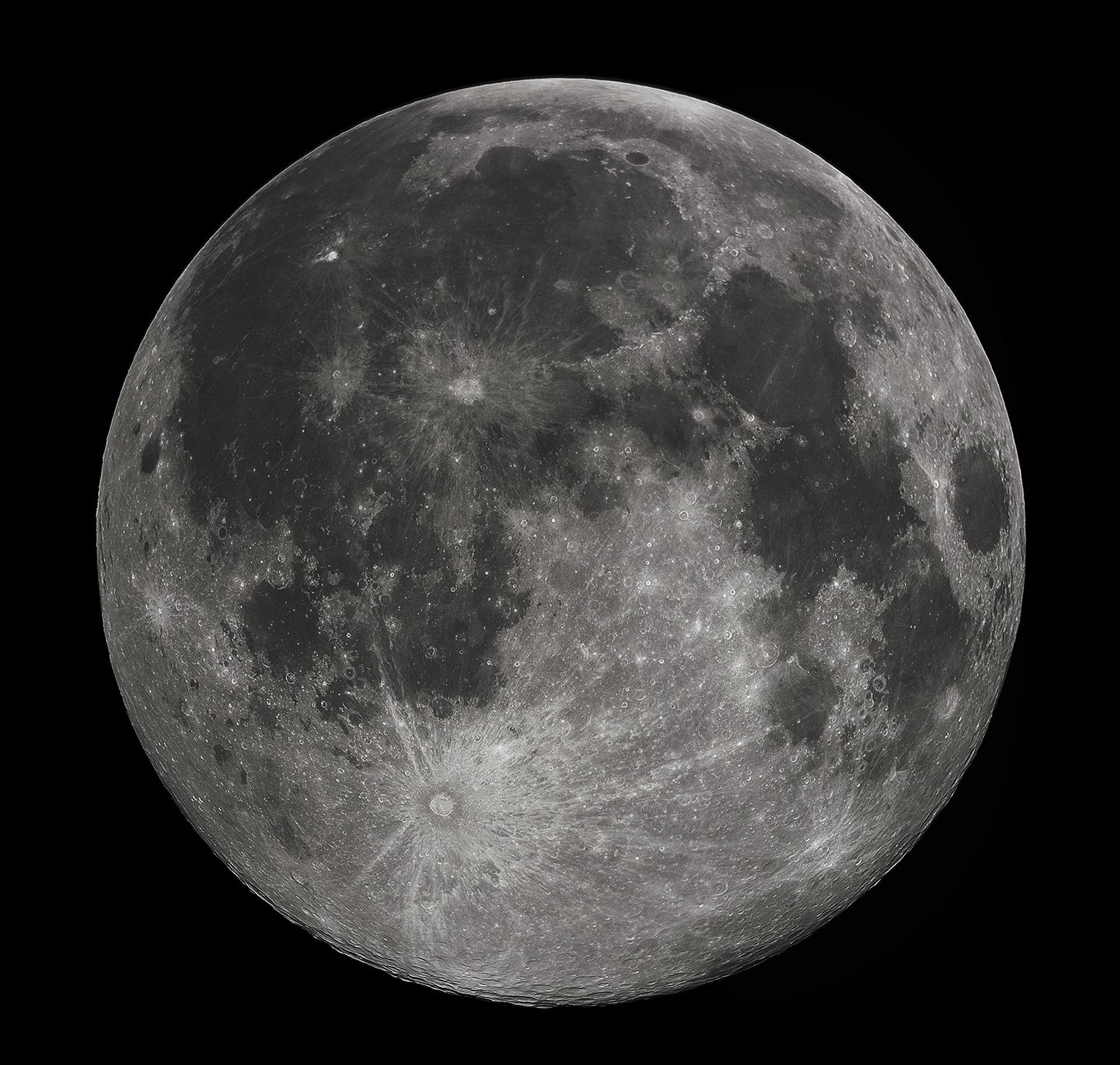 Japan hittar hyggligt stor grotta på månen