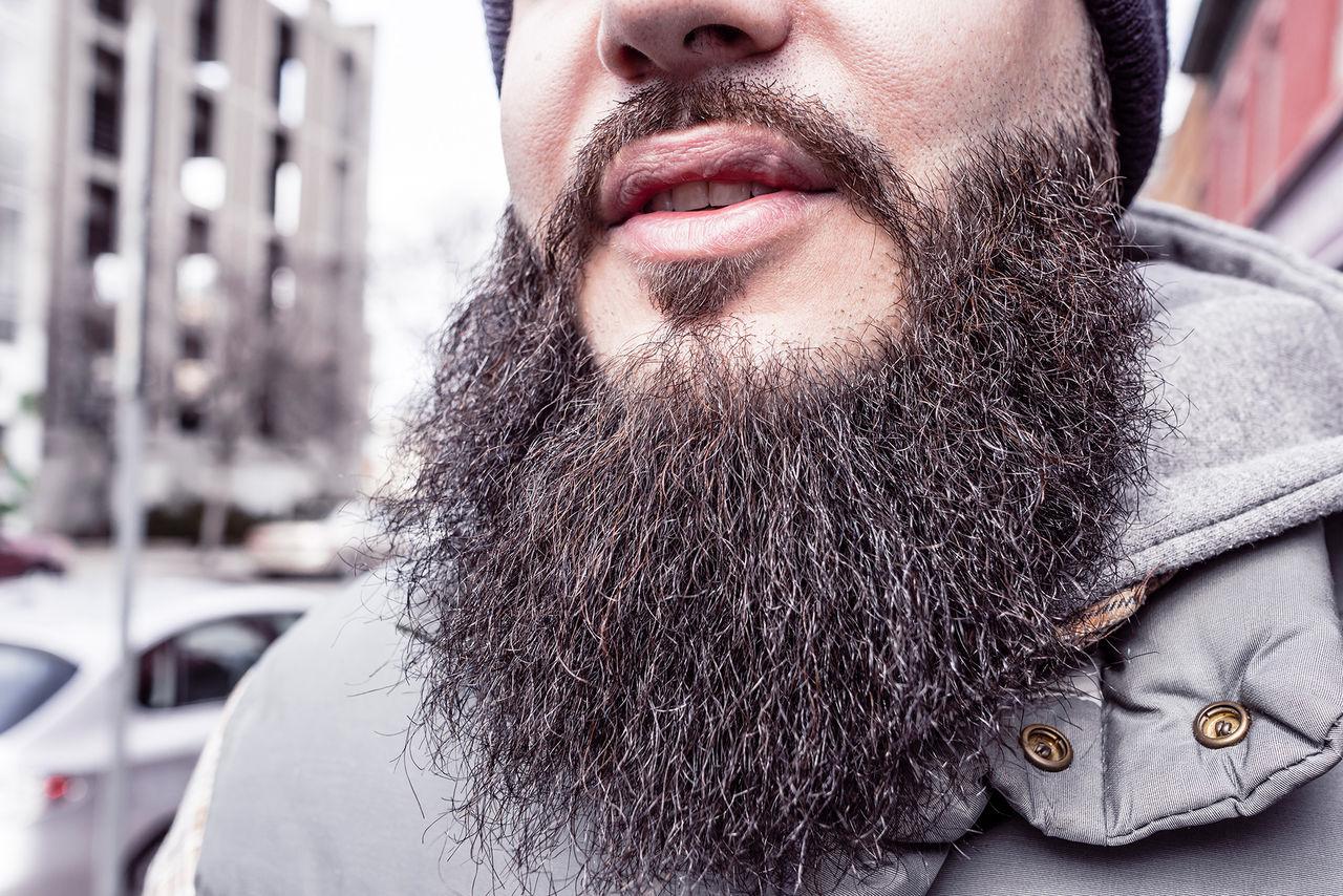 Svenska kvinnor föredrar män utan skägg