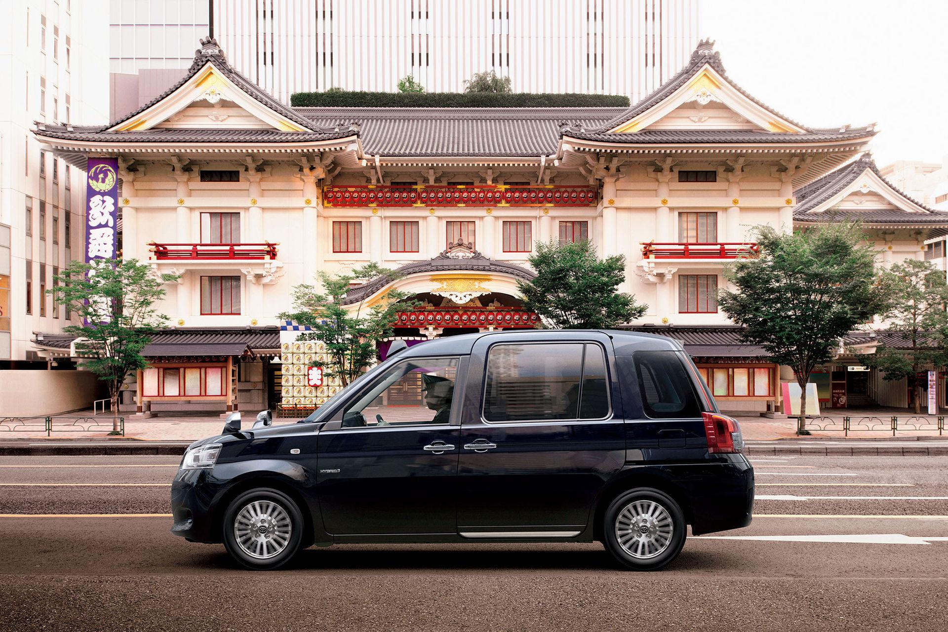 Det här är japans nya taxibil