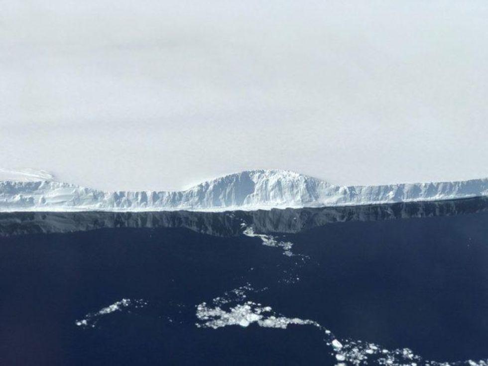 NASA har fotograferat isberget som lossande i somras